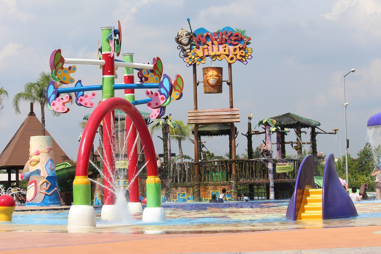 Palembang vacations - Amanzi Waterpark
